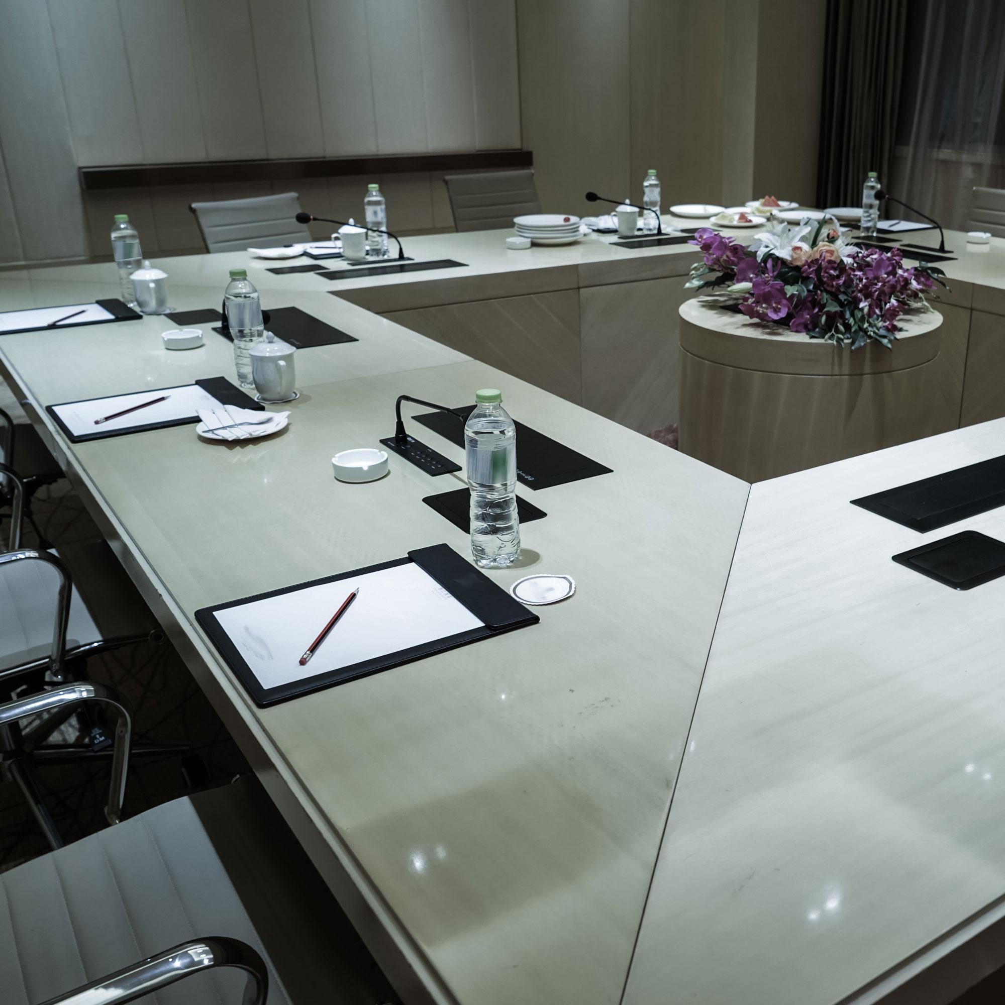 feature-meetingdesign1